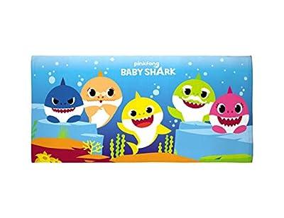 """Franco Mfg Co Baby Shark 28"""" x 58"""" Beach Towel"""