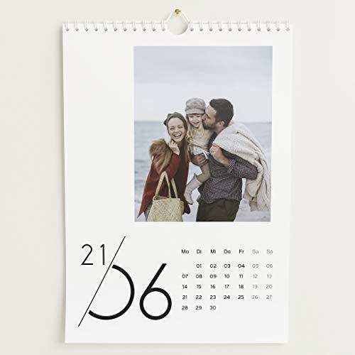 sendmoments Fotokalender 2021, Jahreskalender, Wandkalender mit persönlichen Bildern, Kalender für Digitale Fotos, Spiralbindung, DIN A4 Hochformat, optional mit Veredelung