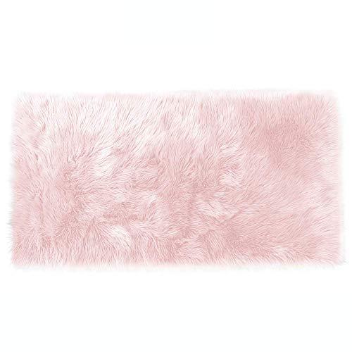 Lammfell-Teppich Kunstfell Schaffell Imitat | Wohnzimmer Schlafzimmer Kinderzimmer | Als Faux Bett-Vorleger oder Matte für Stuhl Sofa (Rosa - 80 x 150 cm)