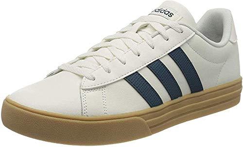 adidas Daily 2.0, Zapatillas de Gimnasio Hombre, Cloud White/Tech Mineral/Gum 3, 44...