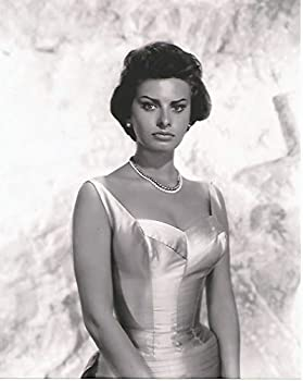 Young Sophia Loren in Sexy dress portrait 8x10 inch Photo