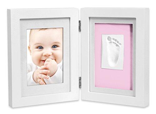 Marco de fotos para bebé para huella de mano y pie 3D, Portafotos de madera con molde de yeso, blanco,+ Regalo de un babero- Danielstore (16 X 21)