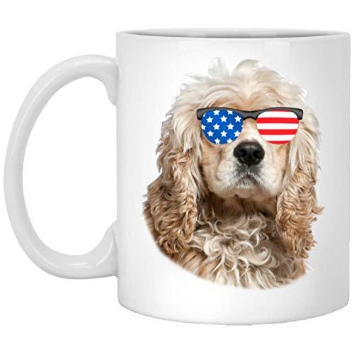 N\A Divertido Cocker Spaniel Americano Crema Dorada con Bandera Americana Gafas de Sol Taza de Café Blanca 11oz