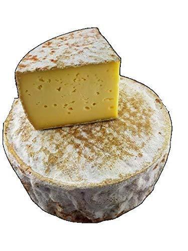 Tomme de montagne 1/2 - origine Haute Savoie - fabrication 100% zone montagne - vendu en 1/2 tomme(environ 1,2 a 1,5kg) - Livraison du fromage sous vide pour conserver son excellent goût …