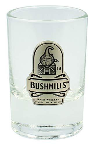 Bushmills–el Original Bushmills whisky irlandés County Antrim Irlanda vasos de chupito