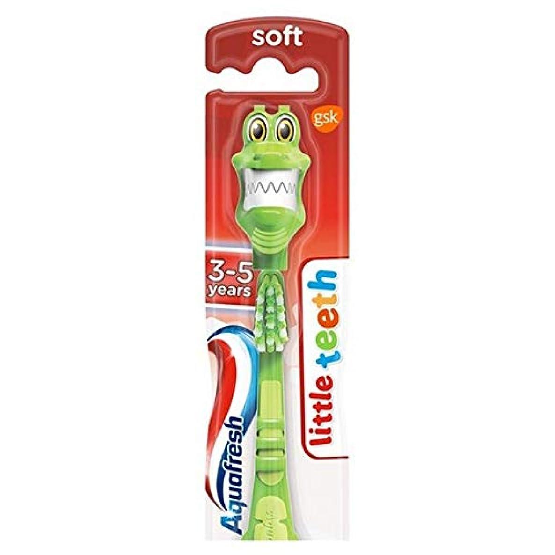 おじさん系譜チューブ[Aquafresh ] アクアフレッシュ少し歯3~5人の子供の柔らかい歯ブラシ - Aquafresh Little Teeth 3-5 Years Kids Soft Toothbrush [並行輸入品]