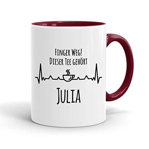 True Statements Tasse Finger weg Dieser Tee gehört Wunschname personalisiert - personalisierte Kaffeetasse mit Wunsch-Name - spülmaschinenfest - tolles Geschenk zu Weihnachten, innen bordeaux