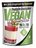 Beverly Nutrition Vegan Protein Delicatesse, White Choco Strawberry - 900 gr