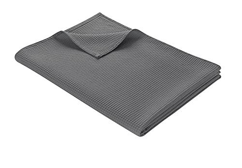 WOHNWOHL Tagesdecke 180 x 240 cm • Waffelpique leichte Sommerdecke aus 100prozent Baumwolle • Luftige Sofa-Decke vielseitig einsetzbar • Leicht zu pflegene Wohndecke • Baumwolldecke Farbe: Grau