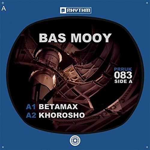 Bas Mooy & Exium