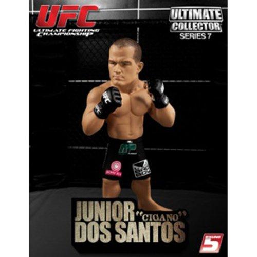 """Boneco UFC Ultimate Collector - Junior """"Cigano"""" dos Santos"""