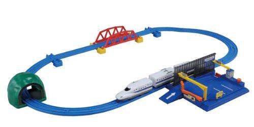 Takara Tomy Tomica N700 Shinkansen Parking Set [Toy] (japan import)