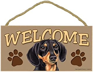 """SJT ENTERPRISES, INC. Dachshund (Black and Tan) Welcome Sign 5"""" x 10"""" MDF Wood Plaque (SJT61531)"""