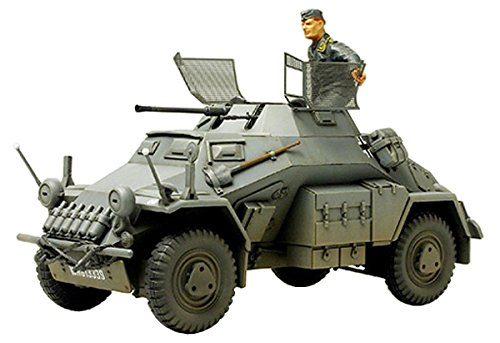 Tamiya 300035270 - Modellino Veicolo Speciale a Motore 222 della seconda Guerra Mondiale Realizzato in Scala 1:35