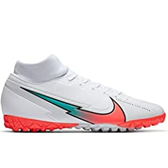 A comfortable lining and Dynamic Fit collar work together to wrap your foot and provide a second-skin fit. Soft synthetic material is textured from heel to toe to give you the touch you need for creativity at high speeds. Based on Nike Sports Researc...