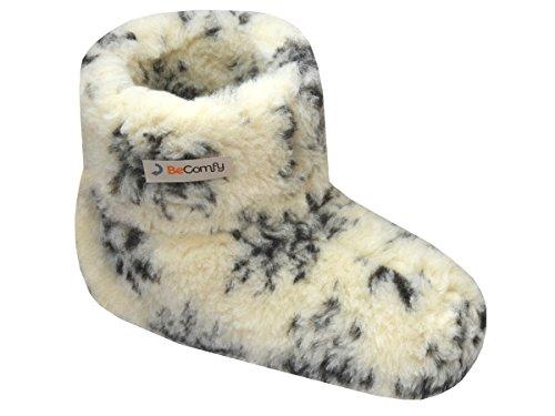 BeComfy Pantoufles Laine de Mouton Chauds Chaussons pour Hommes/Femmes Unisex Semelle en Cuir Ou Antiderapante pour Hiver 36-46 EU (Blanc et Noir (Motif étoile), Numeric_39)