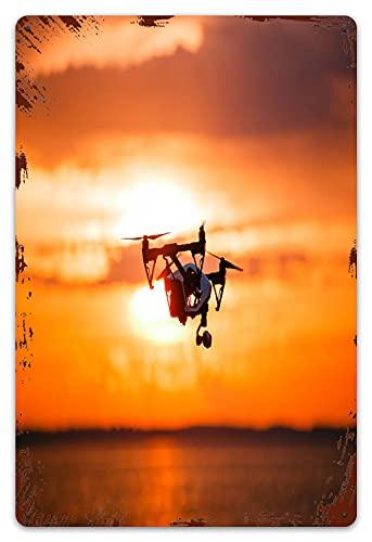 MIFSOIAVV Vendimia Cartel de Chapa metálica quadrocopter Drone Control remoto Silueta oscura Placa Póster,Decoraciones de de Pared de Hierro Retro para Café Bar Pub Casa 20x30cm