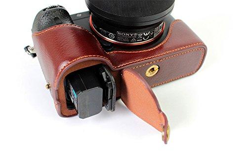 Zakao,mezza custodia protettiva in vera pelle per fotocamera Sony Alpha A7 II, A7R II e A7S II, copre solo la metà inferiore della fotocamera, dotata di cinturino da polso