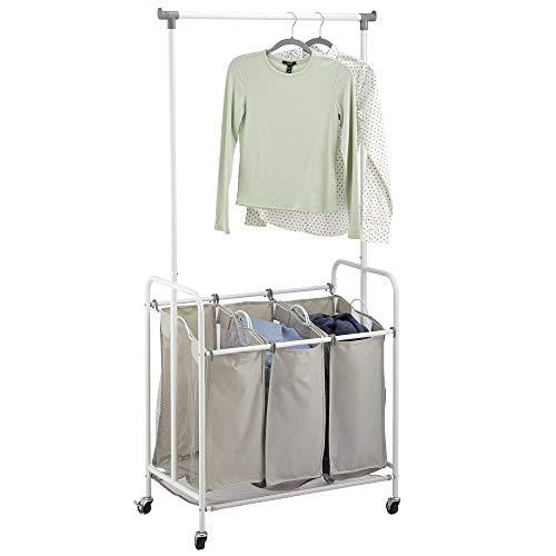 mDesign Cestos para la colada – Cesto de la ropa con 3 bolsas para la colada y barra para colgar de poliéster y metal – Cuelga ropa móvil para baño, dormitorio y lavadero – gris y blanco
