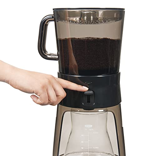 the OXO Cold Brew Maker and some iced coffees