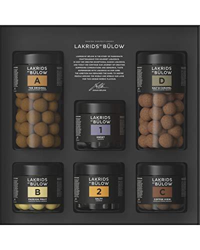 LAKRIDS BY BÜLOW - Large Black Box - 1140g - A (The Original) + B (Passion Fruit) + C (Coffee Kieni) + D (Salt & Caramel) + 1 (Sweet) + 2 (Salty) - Dänische Gourmet Lakritze in edler Geschenkbox