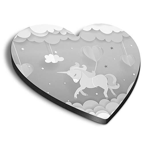 Destination Vinyl ltd Corazones MDF imanes – BW – Bonito unicornio dibujos animados bebé niña para oficina, armario y pizarra blanca, pegatinas magnéticas 37694