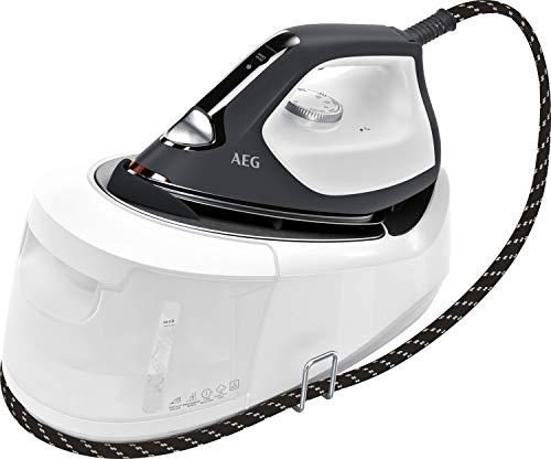AEG ST6-1-8EG Dampfbügelstation (4 Bügelprogramme für jeden Stoff, schnell aufheizend, dauerhaftes Licht, 6 bar Dampfdruck, 360 g Dampfstoß, kratzfeste Bügelsohle, 1,2 l Wassertank) weiß/grau
