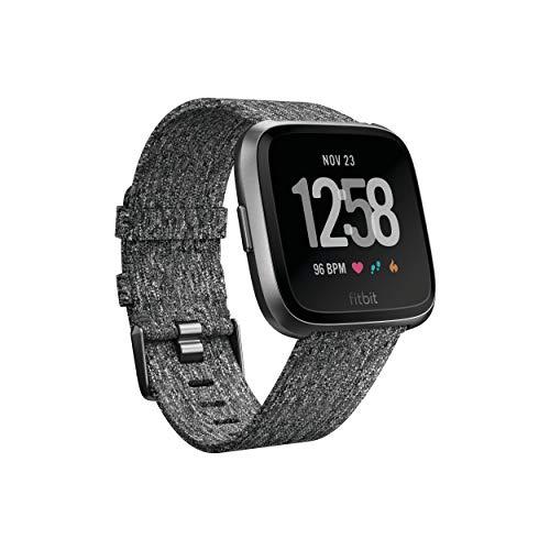 Fitbit Versa Special Edition, Gesundheits & Fitness Smartwatch mit Herzfrequenzmessung, 4+ Tage Akkulaufzeit & Wasserabweisend bis 50 m Tiefe, Holzkohle