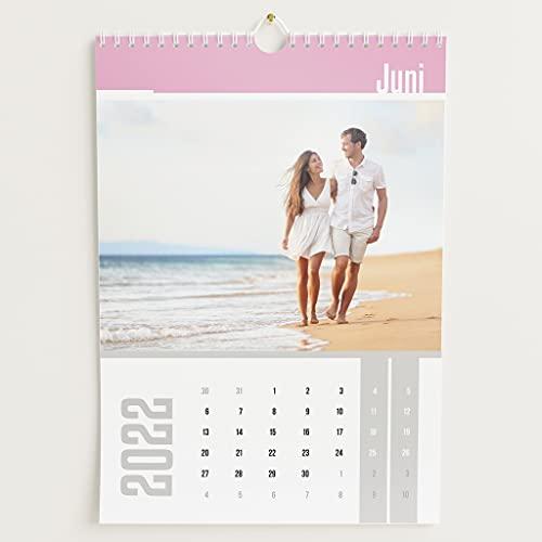 sendmoments Fotokalender 2022, Farbenspiel, Wandkalender mit persönlichen Bildern, Kalender für digitale Fotos, Spiralbindung, DIN A4 Hochformat, optional mit Veredelung