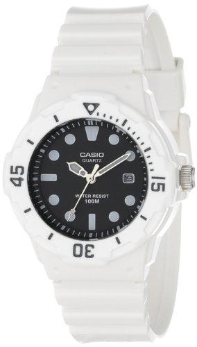 Casio Womens LRW200H-1EVCF Dive Series Dive Watch