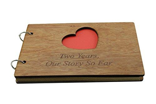 """Album mit Aufschrift """"2 Years Our Story So Far"""" – Scrapbook, Fotoalbum oder Notizbuch, tolles Geschenk für 2. Jahrestag"""