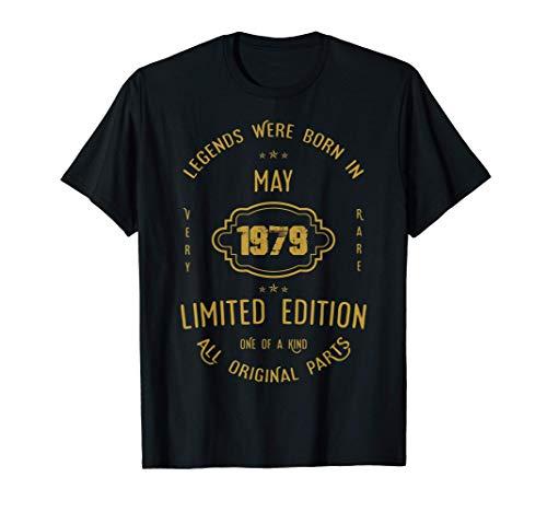 42 años de cumpleaños - Las leyendas nacen en mayo de 1979 Camiseta