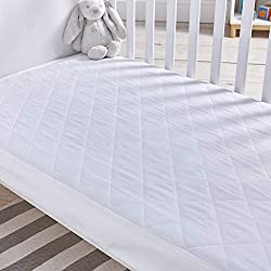 Fits a cot bed: 70cm x 140cm, with a 18cm skirt Waterproof and hypo-allergenic, for peace of mind Suitable for children aged 12 months+ Machine washable at 40 degrees celsius