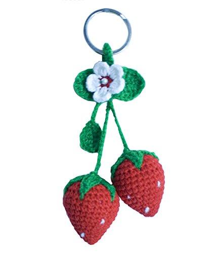 Bers Schlüsselanhänger Erdbeere aus Stoff gehäkelt Handarbeit