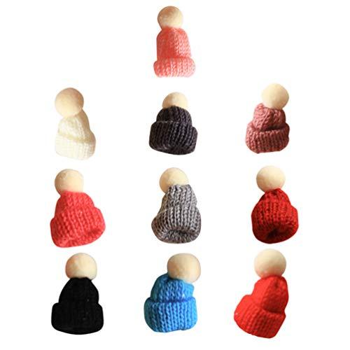 Amosfun 10 Stück Weihnachten Strickmütze Mini Santa Mützen Stricken Wolle Garn Hut Puppe Hut DIY Haarschmuck Weihnachtsbaum Ornamente