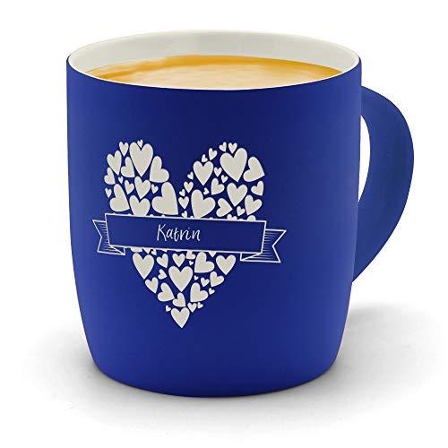 printplanet - Kaffeebecher mit Namen Katrin graviert - SoftTouch Tasse mit Gravur Design Herzbanderole - Matt-gummierte Oberfläche - Farbe Blau