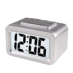 Qchengsan Creative Smart Nightlight Alarm Clock,Mini Battery Operated Clock,Snooze Large Digit Display Electronic Travel Alarm Clock with Adjustable Light for Elderly, Children,Adult (Sliver)