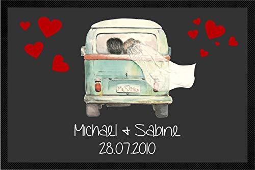 Tassenliebe® - Deine personalisierte Fussmatte mit Gummirand Just Married Bully - mit Name und Datum, für Innen und Außen, rutschfest, Fußabtreter, Türmatte, Hochzeitsgeschenk (grau, 60 x 40 cm)
