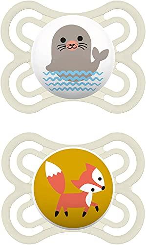 MAM Juego de 2 chupetes Perfect para un desarrollo saludable de los dientes y la mandíbula, chupete para bebé de silicona especial MAM SkinSoft con caja para chupete, 0-6 meses, foca y zorro.