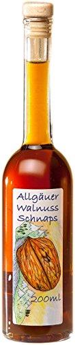 Walnuss Schnaps aus dem Allgäu | 200ml Walnuss Likör 31% Vol. mit Korkverschluss aus handverlesenen Walnüssen