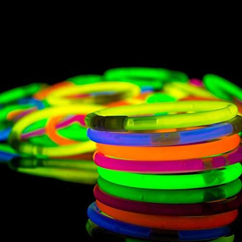 Edinber 100 pulseras de varillas brillantes para la muñeca, collar de neón para suministros de fiesta, camping, cumpleaños, recuerdos de boda, palos de luz de colores mezclados para niños y adultos