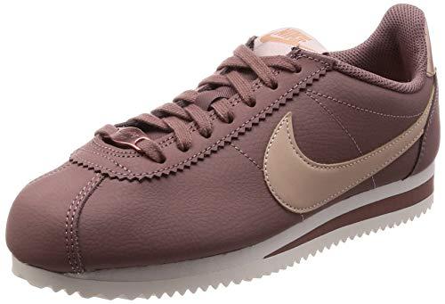 Nike Wmns Classic Cortez Leather, Zapatillas de Gimnasia Mujer, Morado (Smokey Mauve/Particle Beige 200), 35.5 EU