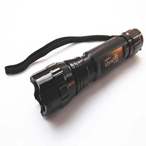 NSD CREE XP-L V5 WF-501B SMO 1800 lumens lampe torche LED rechargeable Alimentation par 1 x 18650