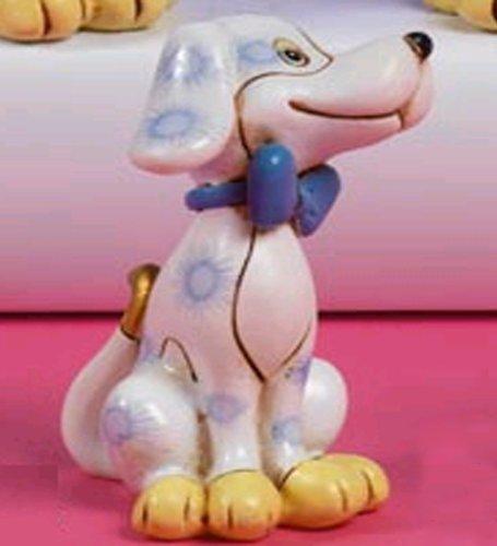 Idea bomboniere: bomboniera bimbo cane bassotto in resina con macchie celesti e fiocco, altezza cm 6; set di 12 pezzi