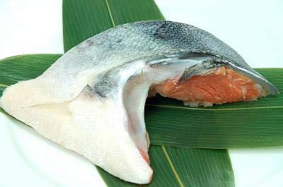 【超特大!・低温熟成】 定塩銀鮭 カマ 甘口 10kg(約140g×約70カマ) 業務用 加熱用