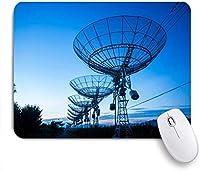 NIESIKKLAマウスパッド 天文台のイブニングレシーバー星雲電波望遠鏡彗星送信 ゲーミング オフィス最適 高級感 おしゃれ 防水 耐久性が良い 滑り止めゴム底 ゲーミングなど適用 用ノートブックコンピュータマウスマット