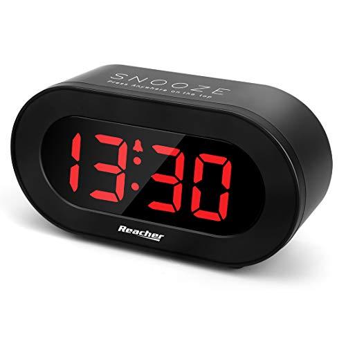 Reacher Digitaler Wecker mit Snooze-Funktion, USB Aufladen, 0-100% Einstellbare Helligkeit, Batterie-Backup, Stromversorgung Kompaktuhr für das Büro, den Schreibtisch oder das Regal (Schwarz)