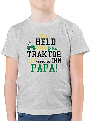 Sprüche Kind - Mein Held fährt Traktor - 128 (7/8 Jahre) - Grau meliert - Kinder Shirt Traktor - F130K - Kinder Tshirts und T-Shirt für Jungen