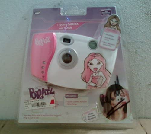 BRATZ ELECTRONIC 35MM CAMERA W  BUILT-IN FLASH by MGA Entertainment