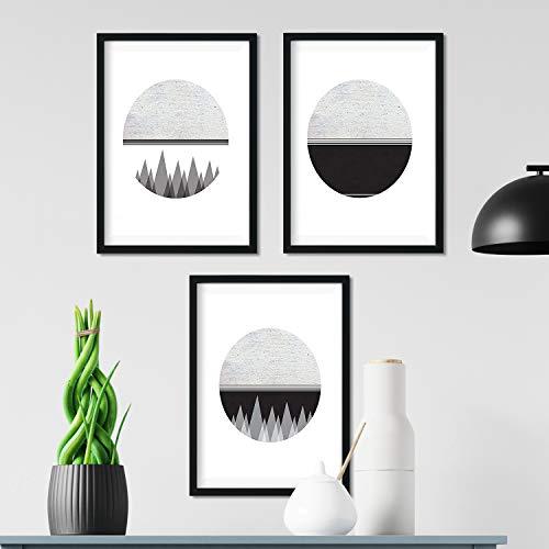 Nacnic Set di 4 Stampe artistiche in bianco e nero. tema foresta selvaggia luna spazio montagne figure geometrihe. Stile nordico e scandinavo. 250 Grammi di Alta Qualità. .
